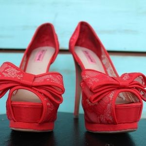 Betsy Johnson Red Lace Bow Heels